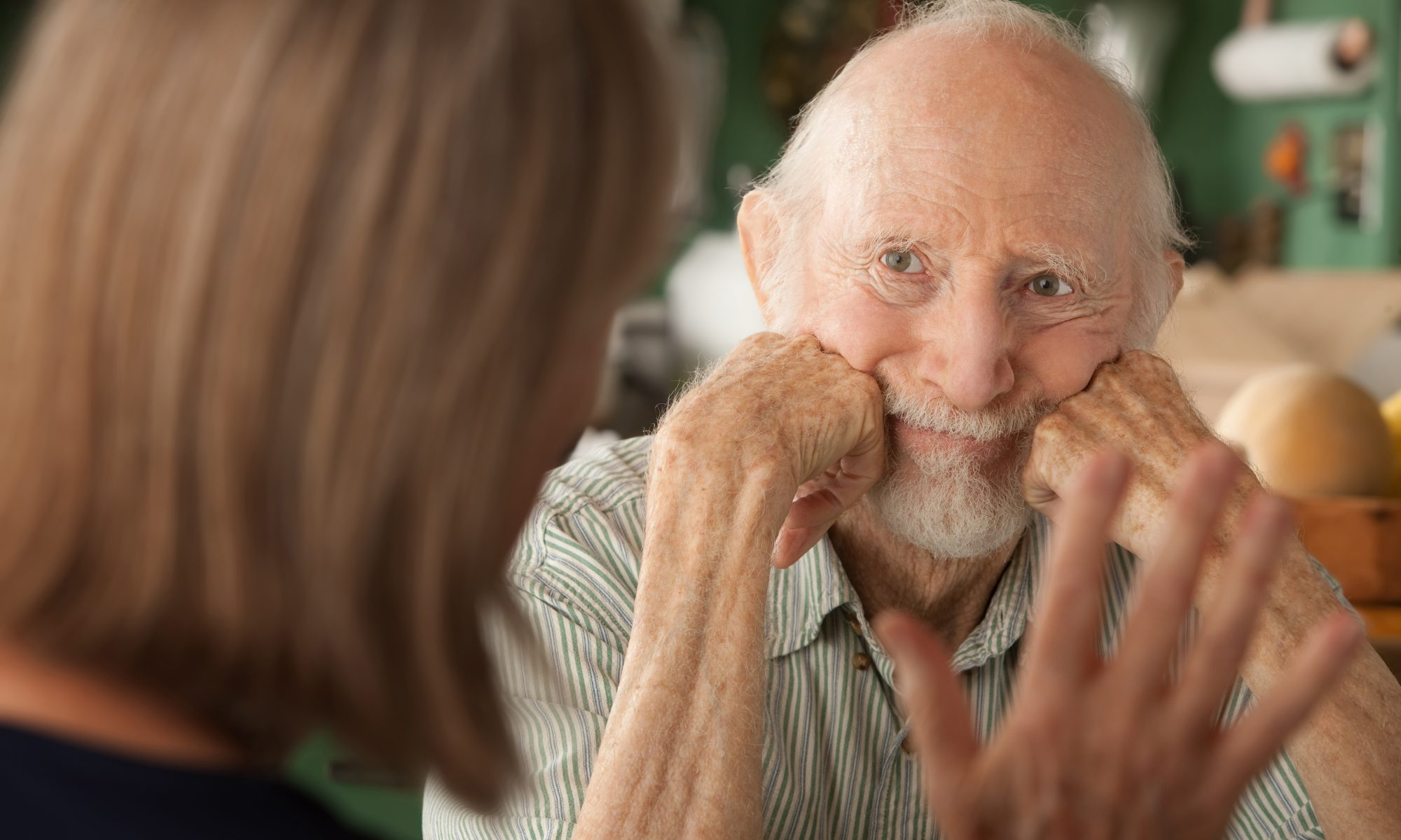 A senior couple at home. (iStockphoto/Thinkstock)