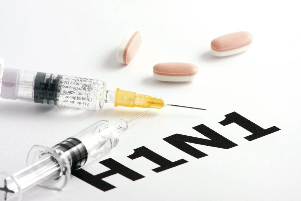 H1N1 influenza virus treatment collage. (iStockphoto/Thinkstock)