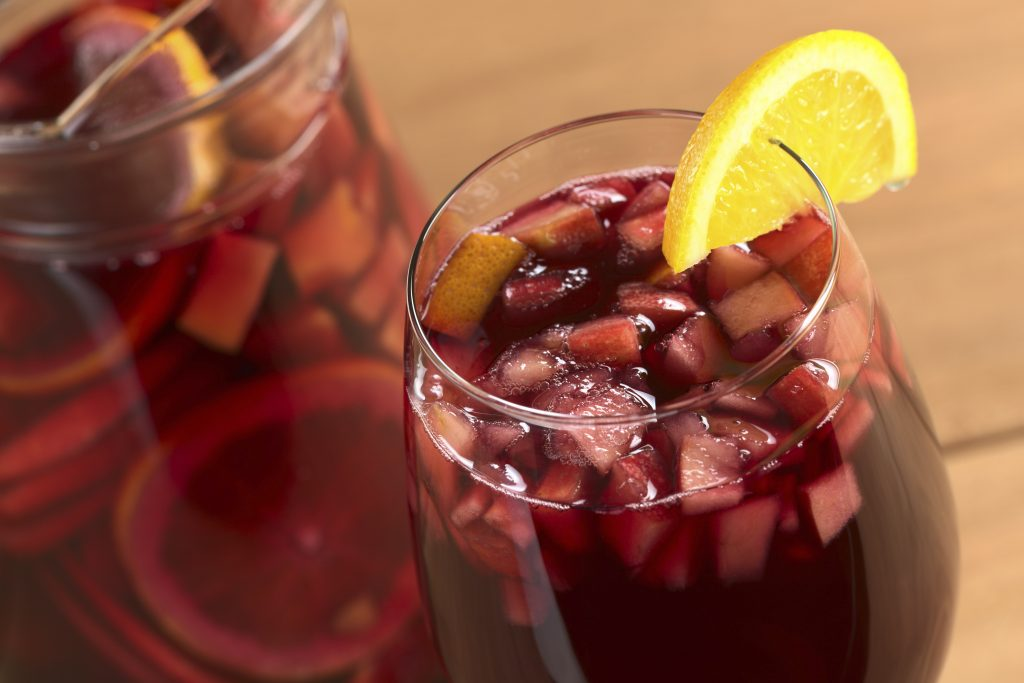 Refreshing sangria! (iStockphoto/Thinkstock)