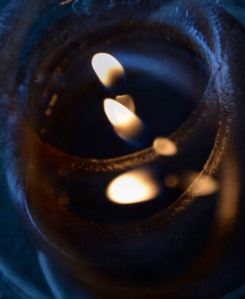 One candle - multiple lights. (Dr. Noorali Bharwani)