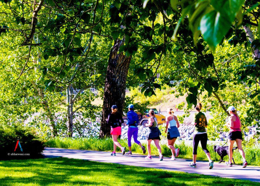 People jogging. (Dr. Noorali Bharwani)